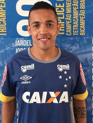 Cruzeiro contrata Rafinha (Foto: Cruzeiro / Divulgação)