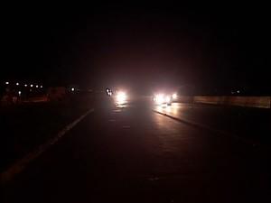 Assalto rodovia BR-365 crime  (Foto: Reprodução/TV Integração)