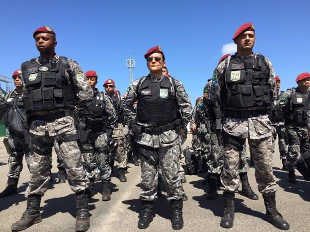 Mais de 60 agentes da Força Nacional chegaram em Boa Vista  (Foto: Inaê Brandão/G1)