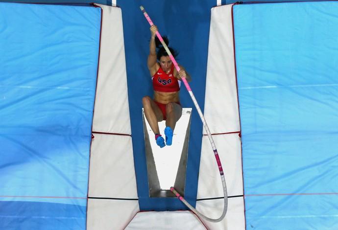 Jennifer Suhr bateu o recorde mundial indoor (Foto: Getty Images)