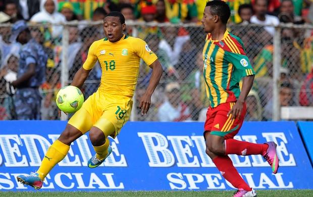 Thuso Phala e Abebaw Butako Etiópia x África do Sul (Foto: AFP)