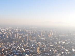 Poluição doa ar estimulou governo chileno a implantar rodízio de automóveis na cidade em 1989 (Foto: Divulgação/ Bruna Acácio)