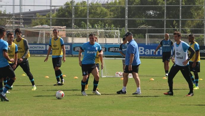 Cristian Rodríguez treina no Grêmio (Foto: Eduardo Moura/GloboEsporte.com)