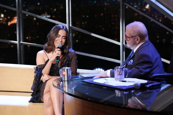 Anitta soltou a voz no 'Programa do Jô' (Foto: Carol Caminha/Gshow)