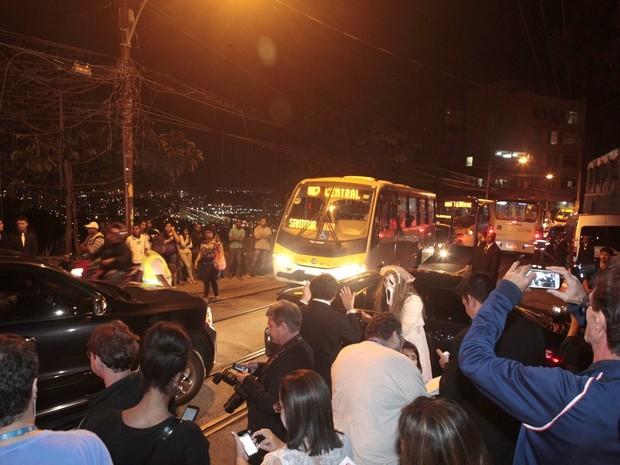 Trânsito durante o casamento de Preta Gil e Rodrigo Godoy em Santa Teresa, no Centro do Rio (Foto: Isac Luz/ EGO)