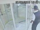 Quando vi o vídeo, foi horrível, diz viúva de cliente morto por vigilante