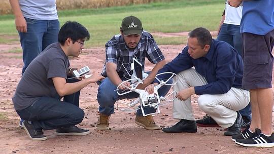 Universitários usam tecnologia para se especializar e monitorar plantações em Pompéia