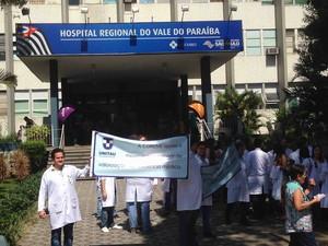Médicos residentes de hospitais de Taubaté e São José fazem paralisação (Foto: Arquivo Pessoal/ Paulo Giovanni Estevam)
