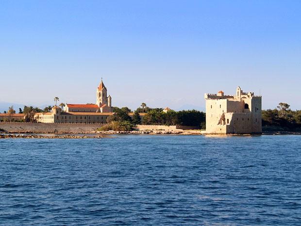 Abaye de Lérins (Ilha Saint-Honorat) (Foto: Divulgação)