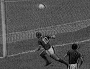 Ademir fazendo gol (Foto: Reprodução/TV Globo)