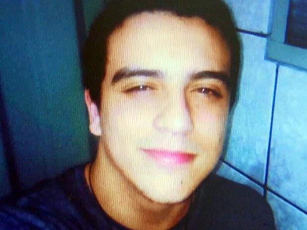 Jovem foi morto no dia 10 de agosto com dois tiros no peito em São Sebastião do Paraíso (Foto: Reprodução EPTV)