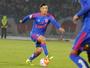 Com febre, Vidal não treina, e Chile convoca meia da La U às pressas