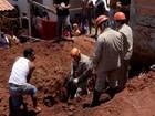 Área onde dois jovens morreram soterrados em MS é interditada
