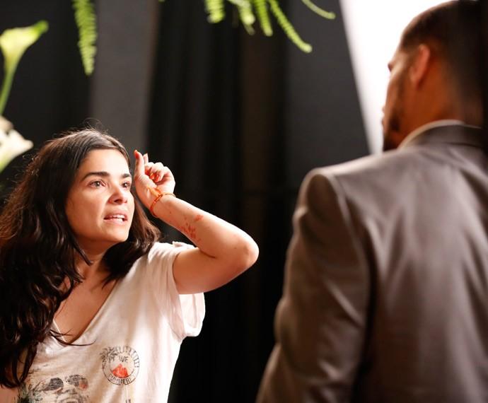 Tóia chama Juliano de assassino (Foto: Ellen Soares / Gshow)
