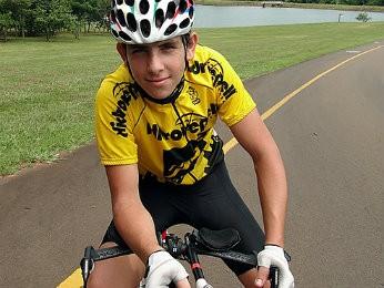 Eduardo Euzébio morreu enquanto treinavana BR-277 (Foto: Confederação Brasileira de Ciclismo/Divulgação)