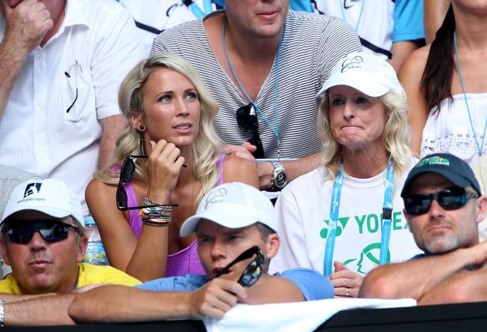 Esposa de Hewitt  vê o tenista perder para o italiano Andreas Seppi (Foto: Getty Images)
