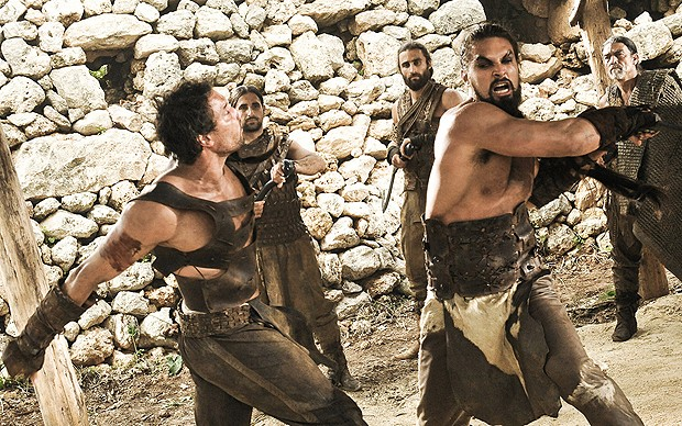 Cena de batalha de 'Game of thrones': 2ª temporada foi anunciada logo após o 1º episódio passar (Foto: Divulgação)