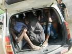 Alunos voltam a universidade do Quênia meses após massacre