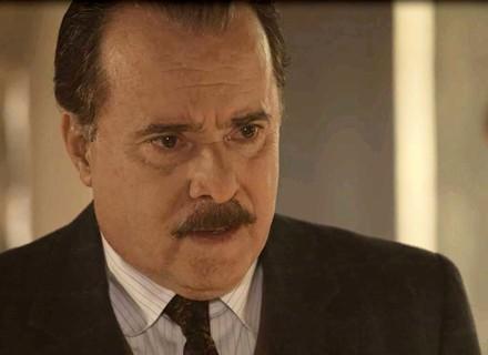 José Augusto decide reconhecer Tereza como sua filha