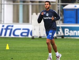 Souza no treino do Grêmio (Foto: Lucas Uebel / Site Oficial do Grêmio)
