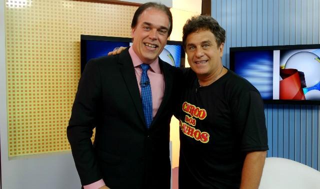 Tony Lamers recebe Marcos Frota no Jornal da Tribuna 1ª edição (Foto: Fernanda Maciel)