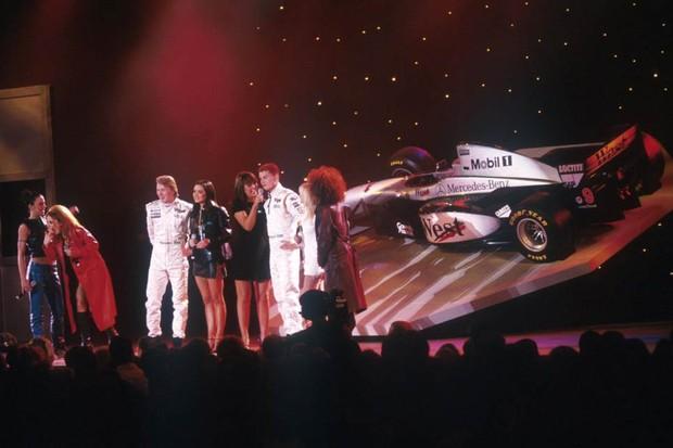 McLaren prateada surgiu com apresentação das Spice Girls (Foto: Divulgação)
