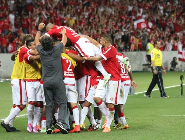 Fabrício gol comemoração Inter Internacional X Atlético-MG Beira-Rio (Foto: Diego Guichard/GloboEsporte.com)