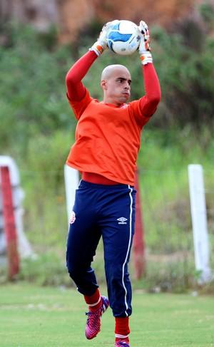 Júlio César Náutico (Foto: Aldo Carneiro / Pernambuco Press)