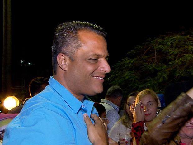 Alex de Freitas (PSDB) vence a disputa pela Prefeitura de Contagem (Foto: Reprodução/TV Globo)