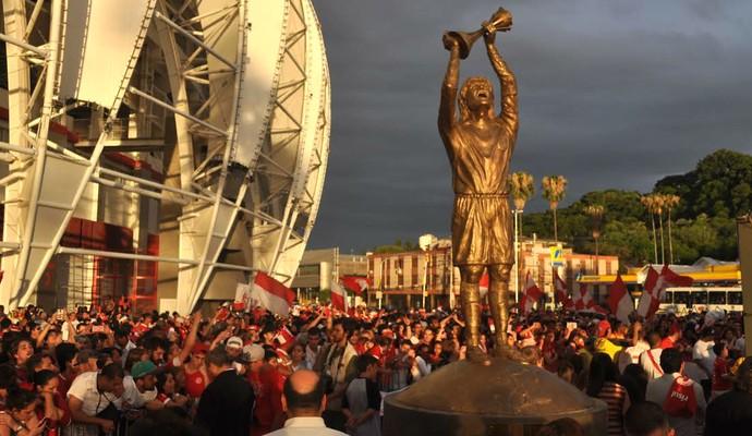 Estátua de Fernandão é inaugurada no Beira-Rio (Foto: Tomás Hammes/GloboEsporte.com)