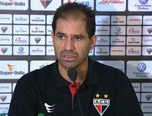 Jairo Araújo, técnico do Atlético-GO (Foto: Reprodução/SporTV)