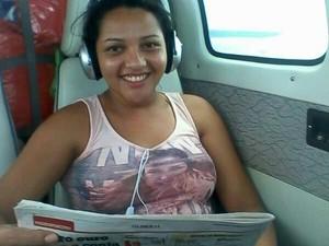 A técnica Rayline enviou um SMS para um tio antes de o avião desaparecer (Foto: Cláudia Aguiar/arquivo pessoal)