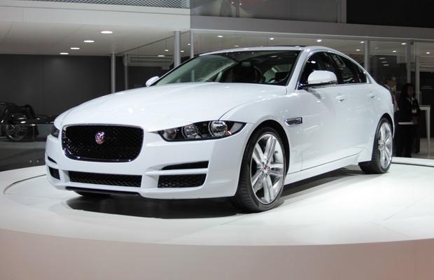 Jaguar XE no Salão do Automóvel 2014 (Foto: Gustavo Maffei/Autoesporte)