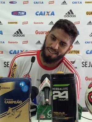 Wallace Treino do Flamengo (Foto: Ivan Raupp)