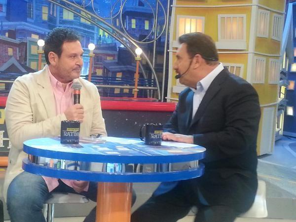 Luis Ricardo e Ratinho em programa em São Paulo (Foto: Twitter/ Reprodução)