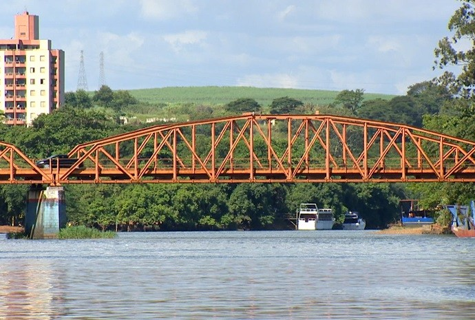 Revista de Sábado desembarca nas águas de Barra Bonita (Foto: Reprodução / TV TEM)