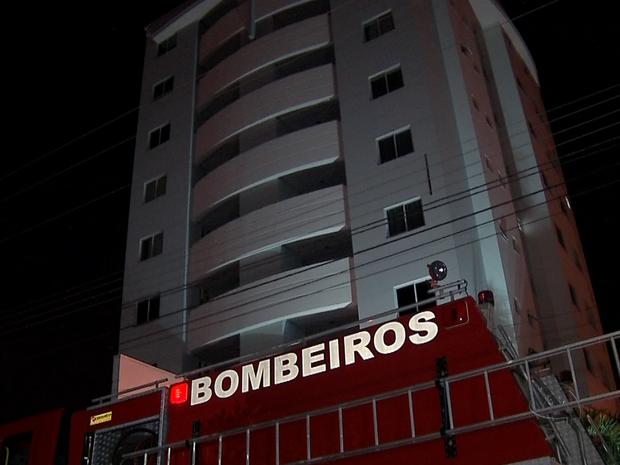 Moradores de três prédios sentiram tremor e saíram de casa em Sinop (Foto: Reprodução/TVCA)