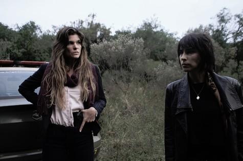 Cristiana Oliveira e Fernanda Moro em cena (Foto: Divulgação)
