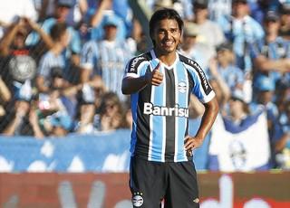 Marcelo Moreno comemora gol contra o Avenida (Foto: Lucas Uebel / Grêmio, DVG)