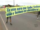 Em Santarém, moradores da PA-370 fazem caminhada pela paz no trânsito