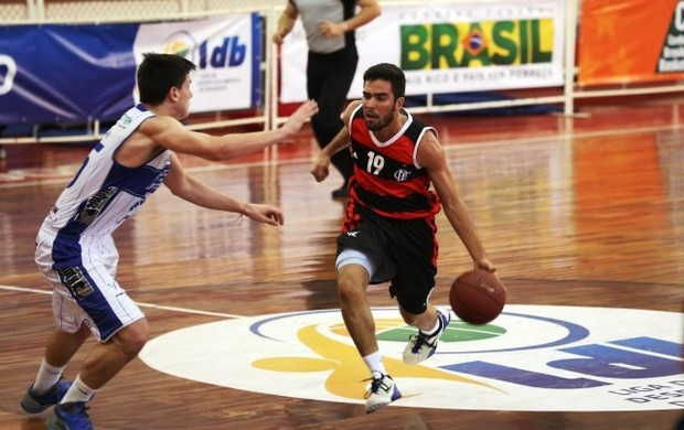 Gegê Flamengo Limeira (Foto: Luiz Pires/ NBB)