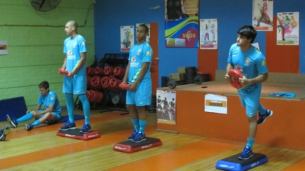 jogadores seleção brasil sub-20 treino (Foto: Marcelo Baltar / Globoesporte.com)