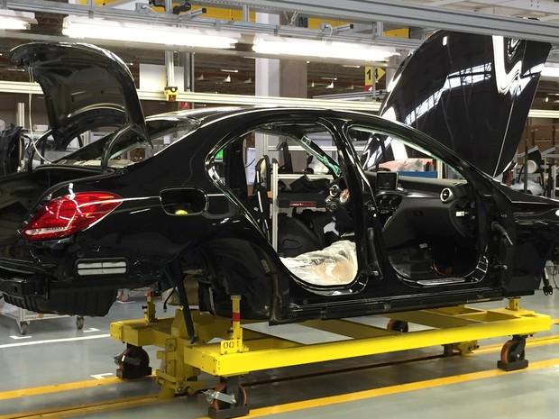Mercedes-Benz 'brasileiro' chega ás lojas no próximo mês (Foto: Luciana Oliveira/G1)