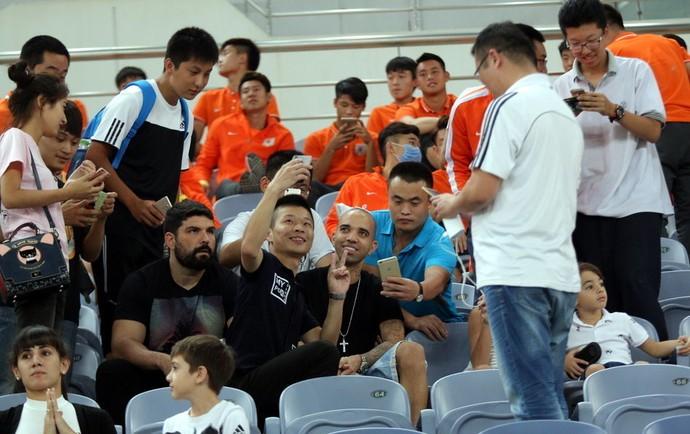 Diego Tardelli Shandong Luneng (Foto: Reprodução/Sina.com)