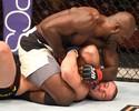 Genro de Ali, Kevin Casey empata luta polêmica com Mutapcic no UFC 199