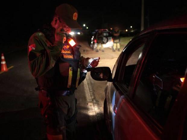 """Operação """"Trânsito Sem Álcool"""" acontece durante à noite  (Foto: Carlos Sodré/Ag. Pa)"""