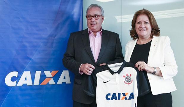 Presidente do Corinthians, Roberto de Andrade, e a presidente da Caixa, Miriam Belchior (Foto: Rodrigo de Oliveira/Agência Caixa)