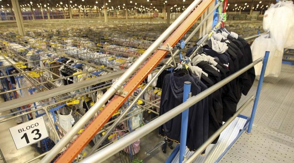 Riachuelo vai reforçar número de funcionários nas lojas para horários e dias de pico  (Foto: Estadão Conteúdo)