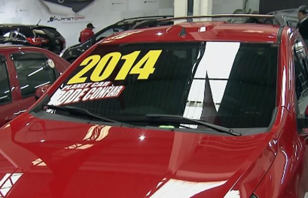 Crescem vendas de carros usados seminovos (Foto: GloboNews)
