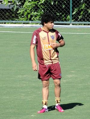 Luan no treino do Atlético-MG (Foto: Fernando Martins)